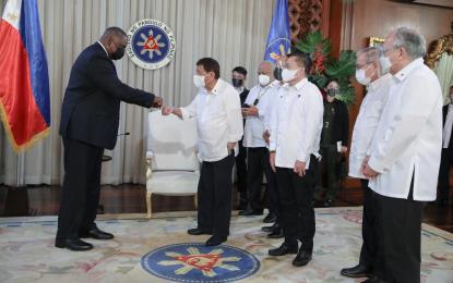 Duterte thanks Biden, US people for vax donations